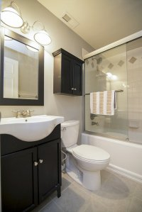 schön eingerichtete Badezimmer